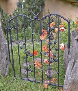 Leaf Gate With Poppies